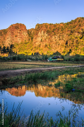 Aluminium Landschappen View of Rammang-Rammang, limestone forest in South Sulawesi Indonesia