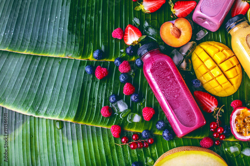 Fotobehang Sap Smoothie (Obst Getränk)