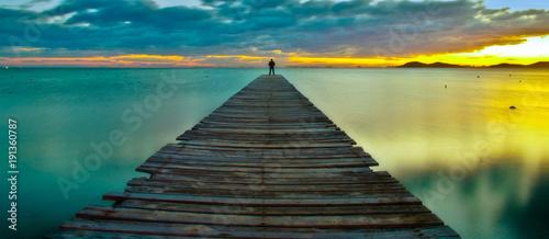 Staande foto Ochtendgloren the blue pier