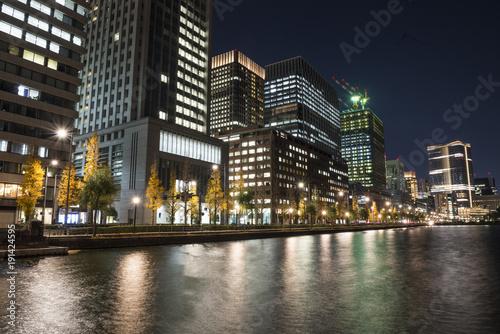 Fotobehang Zwart 東京丸の内オフィス街の夜景