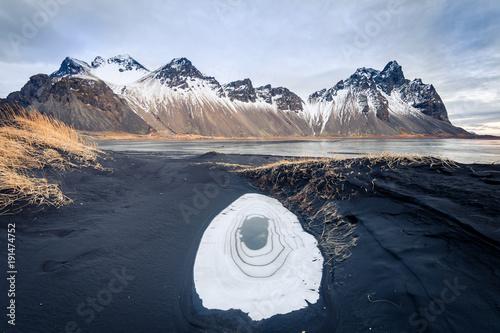Foto op Canvas Zwart stokksnes black beach, iceland