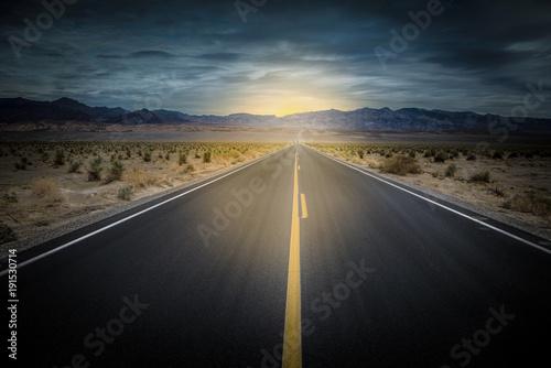 In de dag Route 66 lumière au bout du chemin