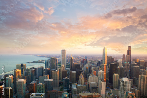 Zdjęcie XXL Chicago skyline at sunset time aerial view, United States