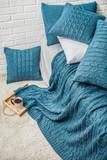 bedroom plaid blanke...