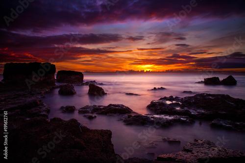 Foto op Aluminium Zee zonsondergang Longexposure