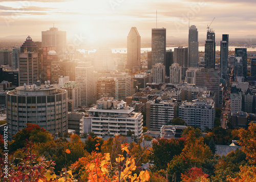 Staande foto New York Montreal City beautiful sunset