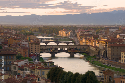 Foto op Plexiglas Florence Warm September twilight over Florence, Italy
