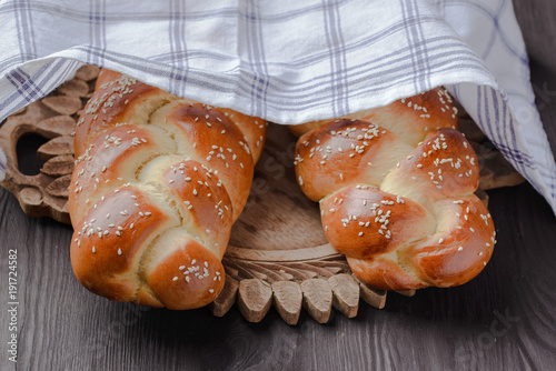 challah,Jewish bread,homemade baking,traditional Jewish bread,  Jewish pastries