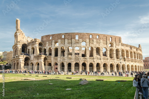 Papiers peints Rome the colosseum in Rome, view of the facade of Coliseum in Rome, Italy