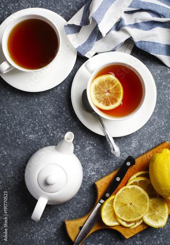 Papiers peints The Cup of tea with lemon, top view