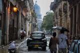 Paseando en La Habana - 191789594
