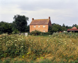 Isolated brick built farmhouse for re-development - 191828954