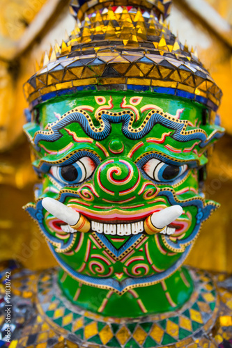 Foto op Plexiglas Bangkok Guardian Demon at Wat Arun Temple