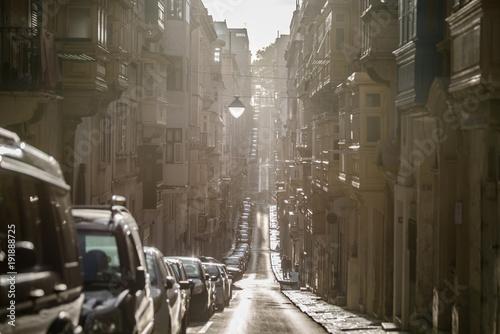 Fotobehang Smalle straatjes Valletta, Malta