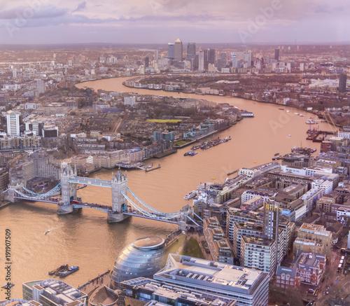 Keuken foto achterwand London Aerial view of Tower Bridge, London, UK