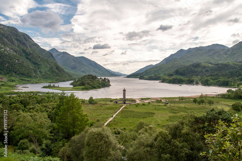 Keuken foto achterwand Wit Old stone tower Glenfinnan Monument
