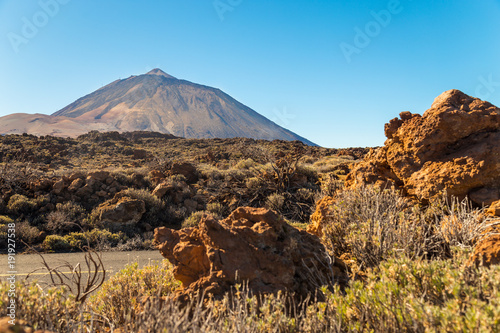 Poster Pool Teide National Park, Tenerife, Canary Islands - A picturesque view of the colourful Teide volcano, or in spanish 'Pico del Teide'. The tallest peak in Spain with an elevation of 3718 m