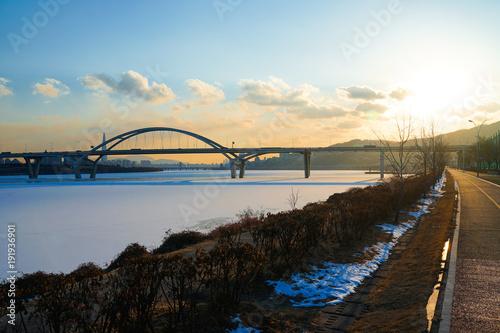 Aluminium Seoel Amsa bridge at Hanriver in South Korea.