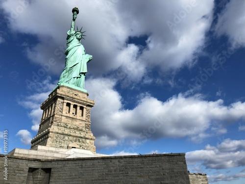 Tuinposter Nachtblauw アメリカ ニューヨーク 自由の女神