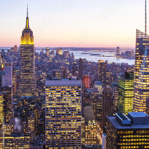 Foto op Aluminium New York Aerial view of New York city in the USA at sunset.