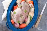 Schweinebraten mit Gemüse - 192016315