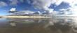 Wasserspiegelung am Meer - 192044333