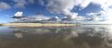 Wasserspiegelung am Meer
