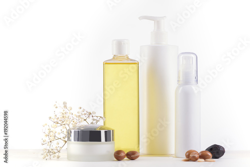 Poster Marokko Argan products on white background