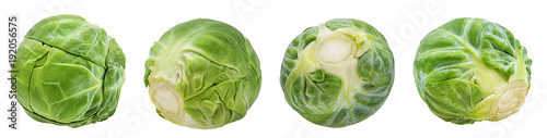 Papiers peints Légumes frais Fresh brussels sprout isolated on white background with clipping path