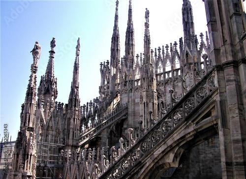 Fotobehang Milan Spires and archs of Milan cathedral