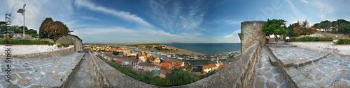 Staande foto Toscane Castiglione della Pescaia, panorama a 360° dal castello