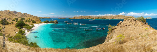 Panoramic view of Pink Beach, Komodo Nation Park, Flores Island, Indonedia. - 192180172