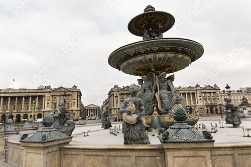 Fuente en la Plaza de la Concordia, París.