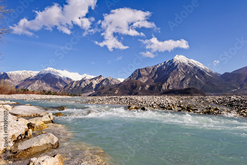 Aluminium Bleke violet Mountain landscape with river.