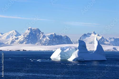Aluminium Antarctica Antarctica on a Sunny day- Antarctic Peninsula - Huge Icebergs and blue sky.
