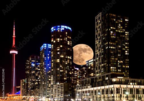 Canvas Toronto Full Moon Toronto