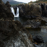 The Gorge waterfall and creek in Heifer Station, New South Wales. - 192268199