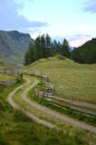 Karrenweg, unterwegs in den Bergen - 192381543