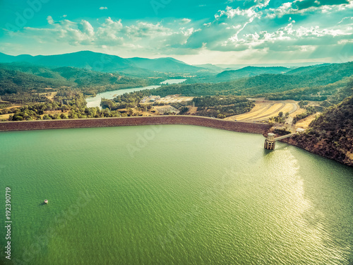 Fotobehang Olijf Aerial view of Lake Eildon water reservoir and Goulburn River at sunset. Melbourne, Victoria, Australia