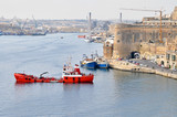 Port with ships on the picturesque island of Malta with beautiful monuments - 192433735
