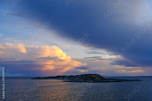 Papiers peints Mer coucher du soleil Sunset over the sea a summer evening