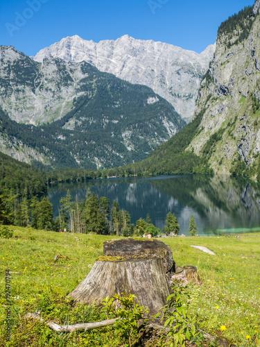 Staande foto Bergen Bergsee in den Alpen
