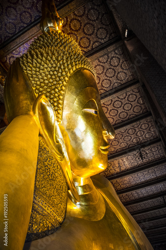 Staande foto Bangkok Giant reclining buddha at Wat Pho Temple in Bangkok