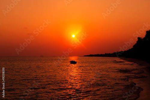 Foto Murales Sunset on Maldives island