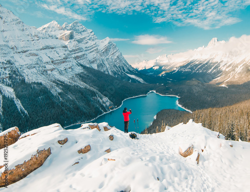 Fotobehang Groen blauw Enjoying the stunning Peyto Lake views in Banff National Park