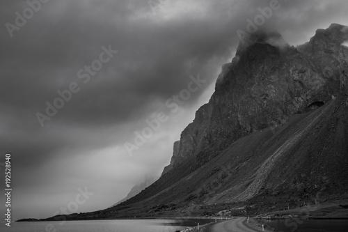 Fotobehang Donkergrijs Iceland