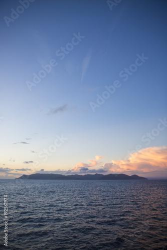 Aluminium Zee zonsondergang mountain sky