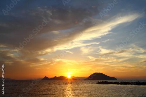 Papiers peints Mer coucher du soleil Seaside town of Turgutreis and spectacular sunsets