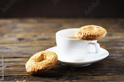 Papiers peints Cafe Sweet homemade cookies and cup of coffee