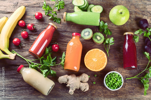 Foto op Canvas Sap vegetable smoothies and juices
